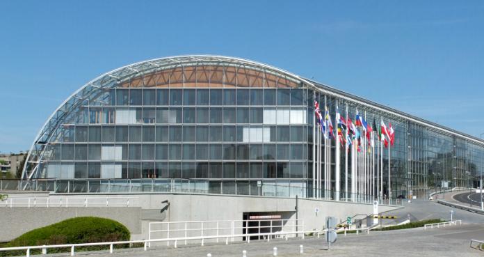 EIB stopper finansiering af fossile brændstoffer og vil investere 1,2 billioner euro i klima og biodiversitet