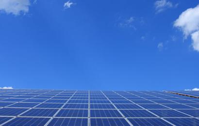 Vi kan nå Parisaftalens mål med kendte teknologier: Det Internationale Energiagentur udgiver skelsættende rapport